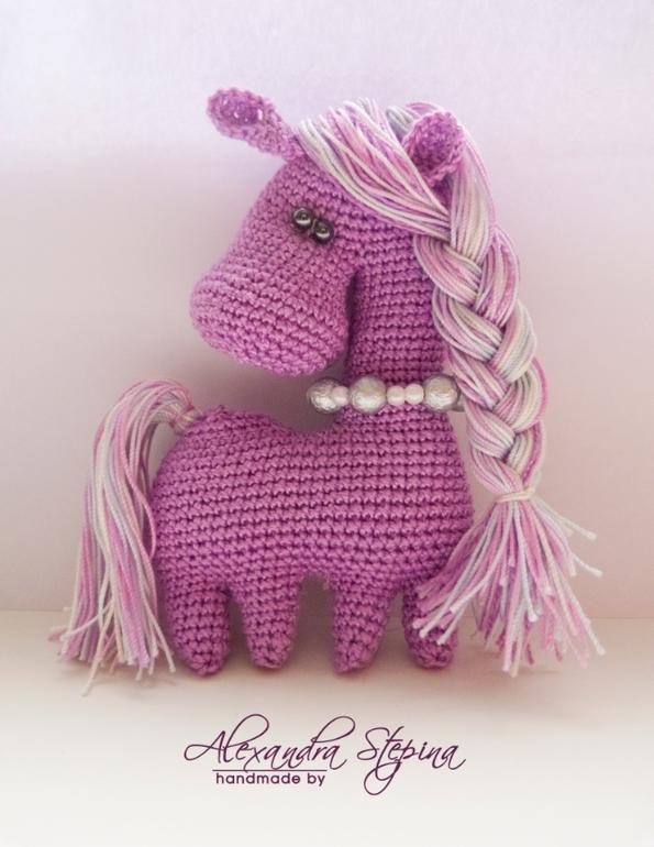 Новогодние лошадки...