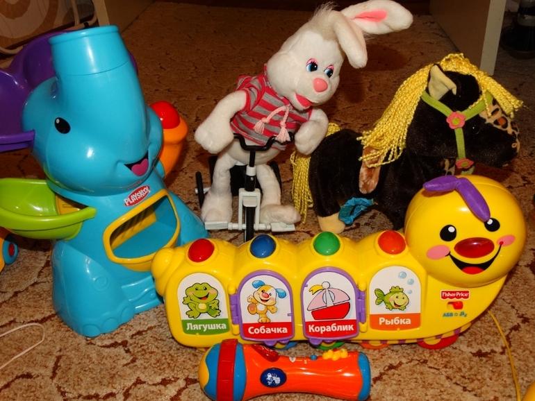 О моем меломане или ОБЗОР наших музыкальных игрушек