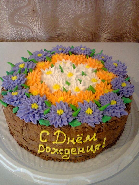 Торт кремовый корзина с цветами