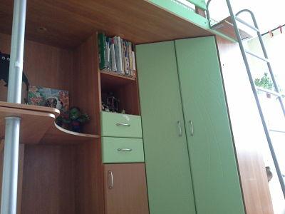 Кровать чердак с металлической лестницей
