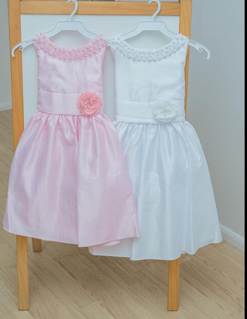 Платья новые на 4-12 лет
