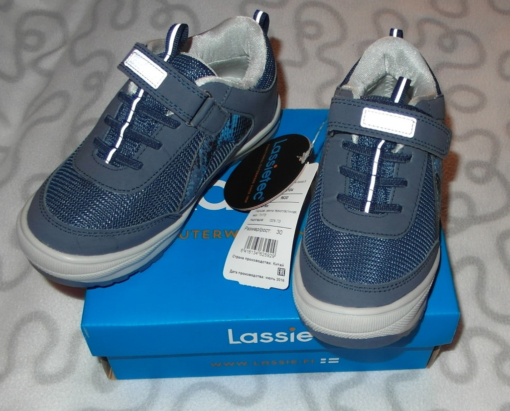 Новые кроссовки Lassie, 30 размер