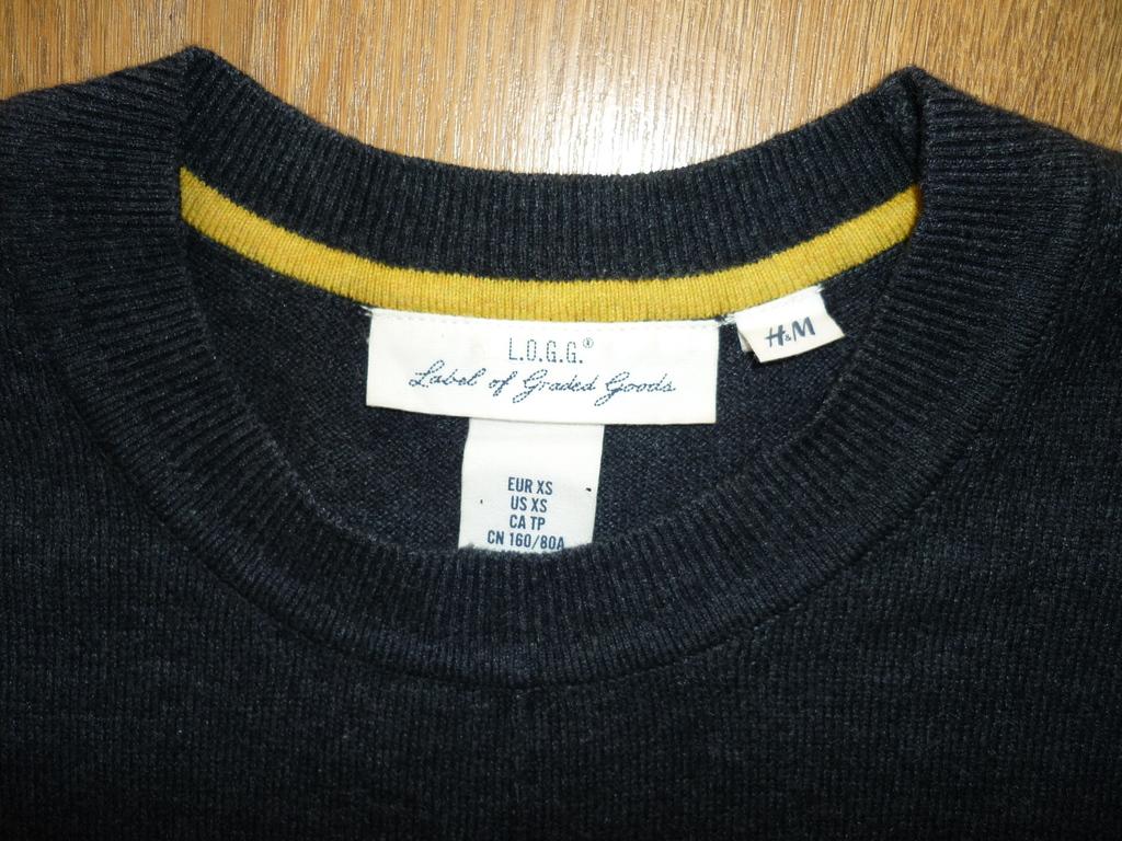 Джемпер H&M, р. S-L, 900