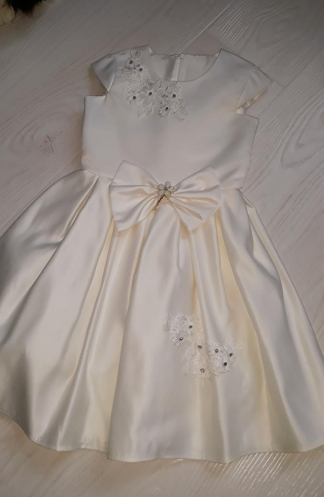Нарядное платье р.128