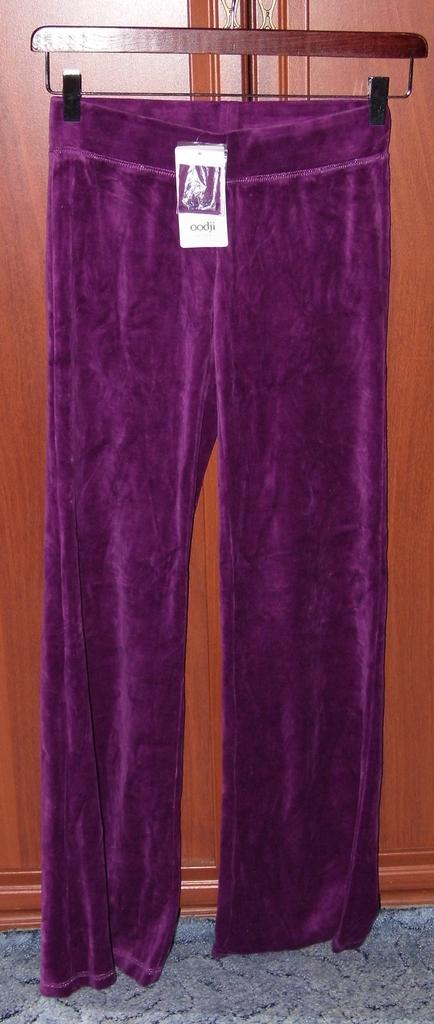 Спортивные брюки велюровые OGGI р.44 новые с этике