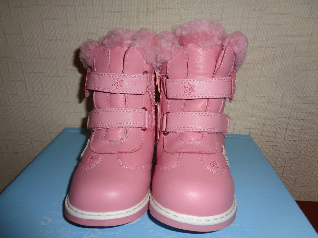 Новые зимние ботинки Том&Мики