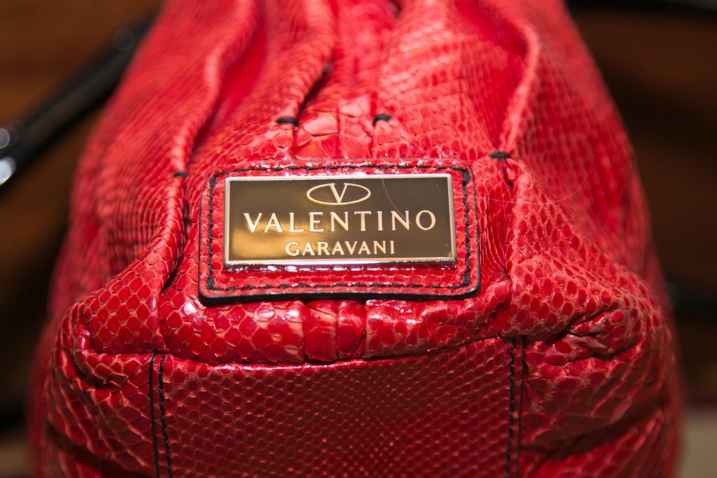 Продано: Valentino GARAVANI original редкая дизайн этой