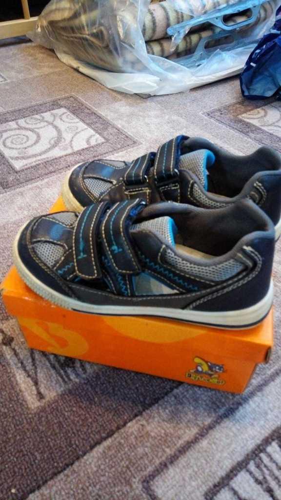 Ботинки весна, кроссовки, слипоны, туфли, босоножк