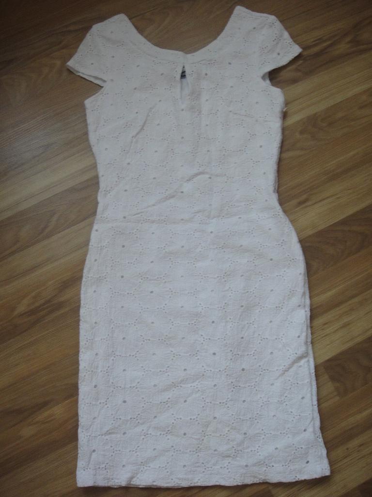 платья  40/42