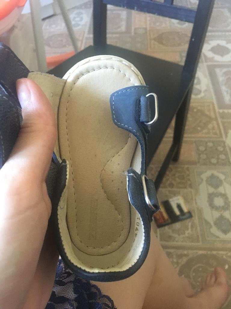Не ношенные сандали zebra 21 размер, состояние отличное