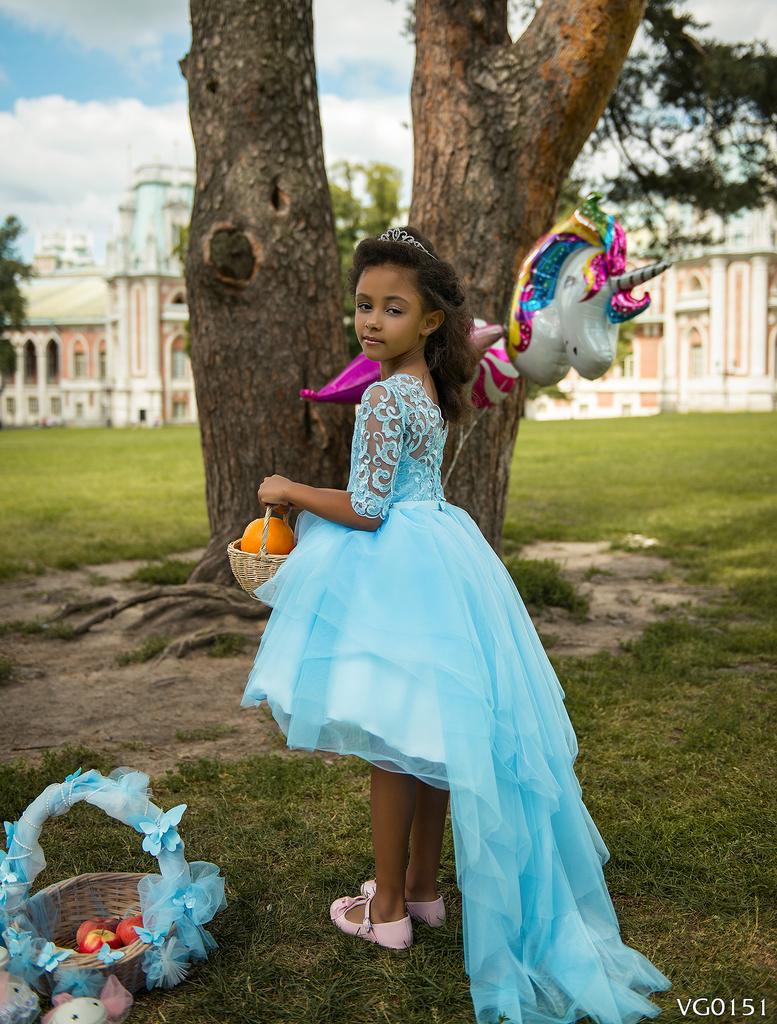 00380c8eee8 Продаю красивые праздничные детские платья в Москве - Барахолка ...