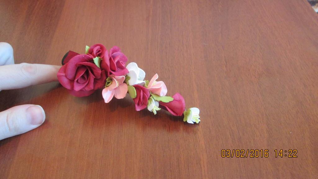ободки, резиночки с цветами из фоамирана