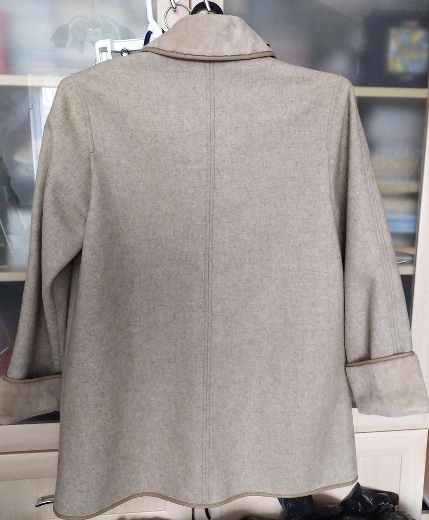 Куртка осенняя , 50-52 р-р