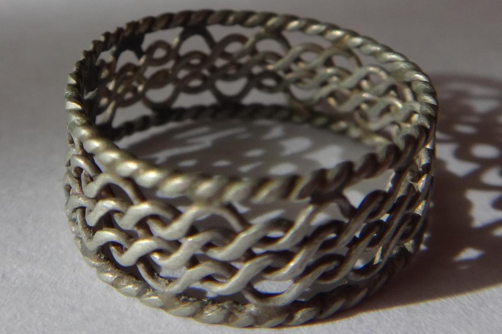 Серебряное нежное ажурное плетено