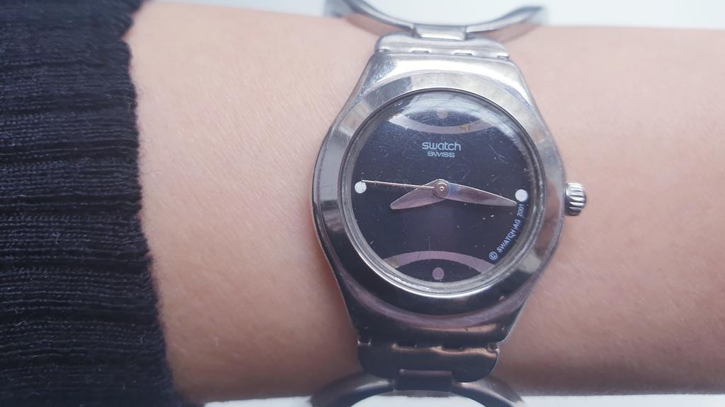 Швейцарские женские часы Swatch