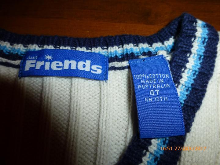 Жилет вязаный Just Friends на 4-5летнего, новый