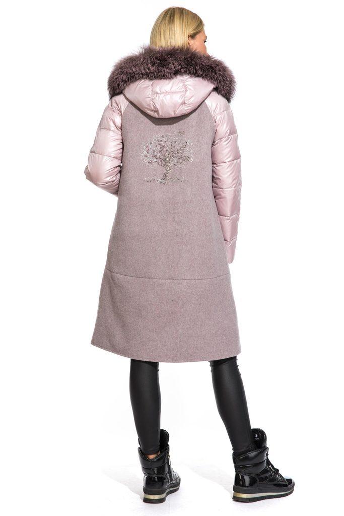 Пальто зимнее с мехом чернобурки р.46
