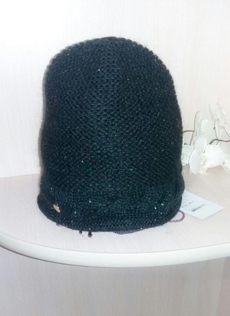 Продам новые утепленные шапки