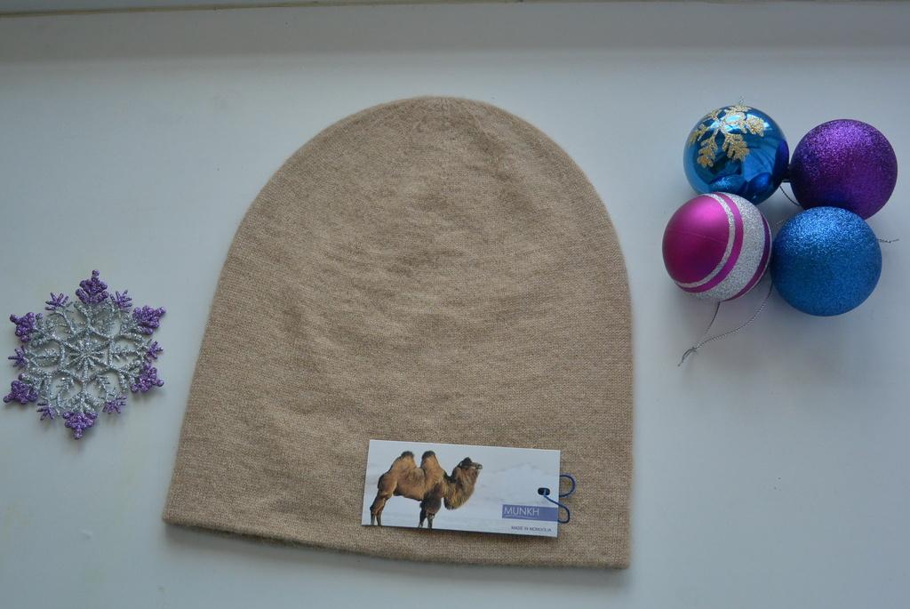 Теплая шапочка из 100% верблюжьей шерсти