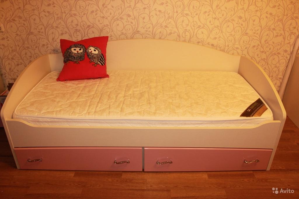 Детская кровать диван  с матрасом