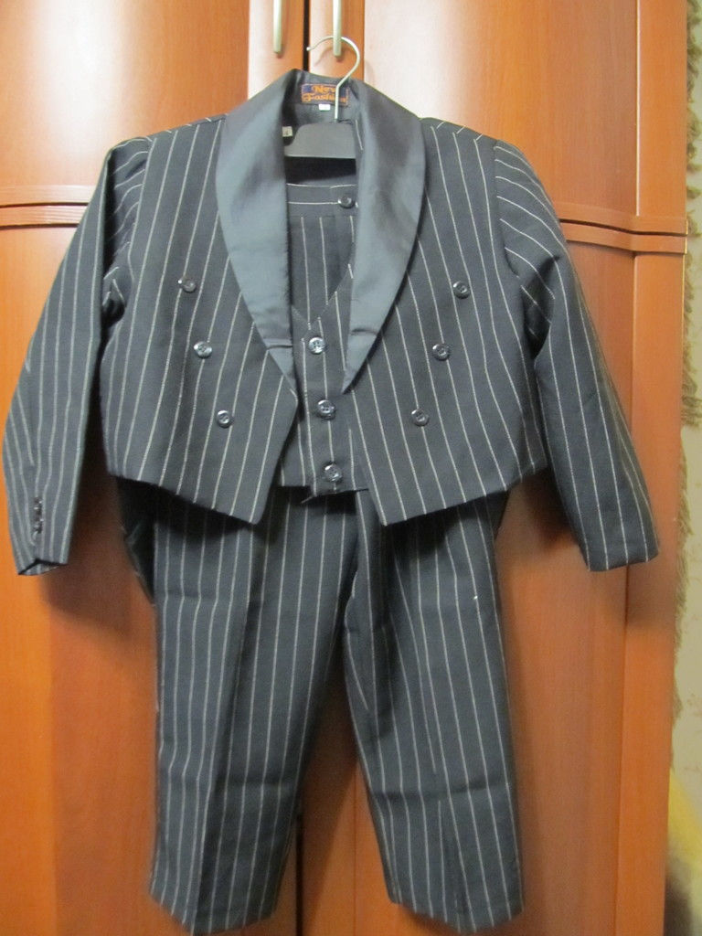 костюм 3-ка смокинг.