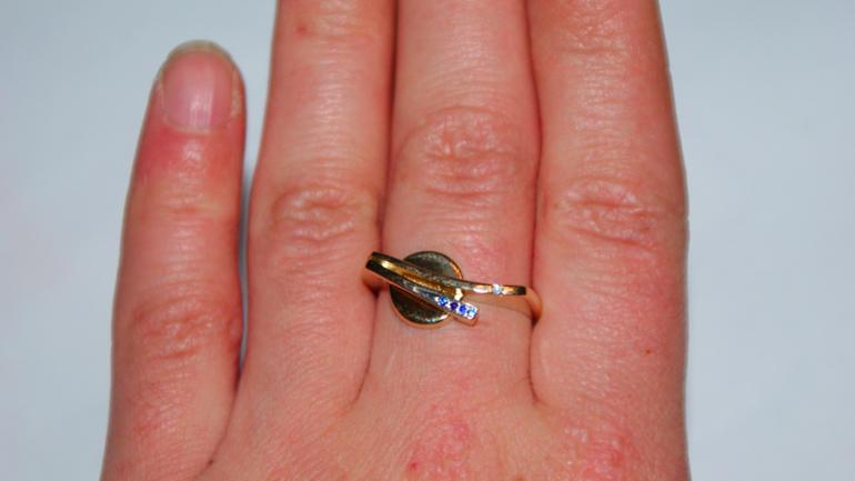 кольцо женское 18,5 р-ра