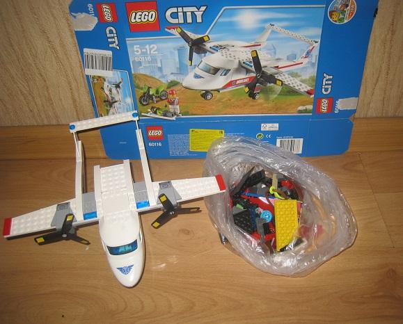 LEGO City 60116 Самолет скорой помощи