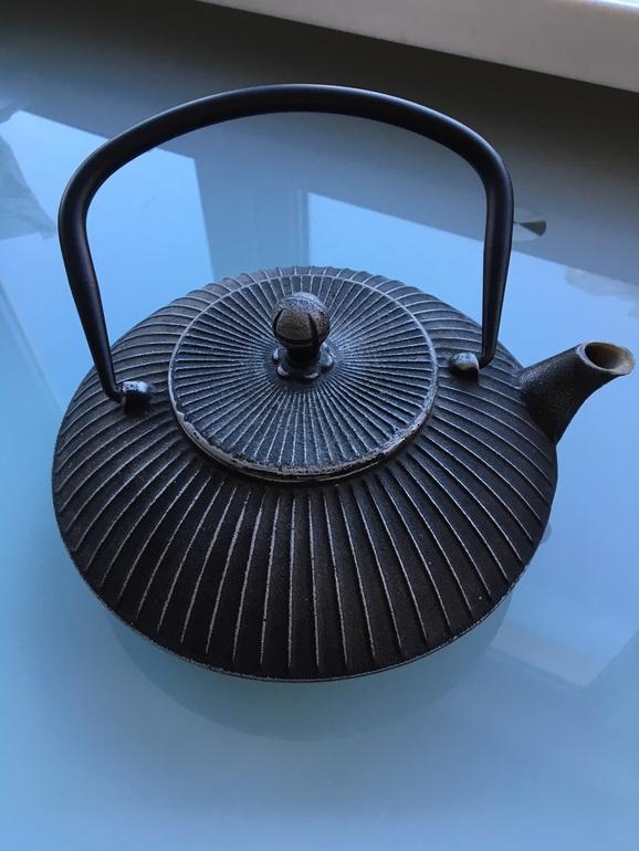 Чайник Чугунный заварочный б/у в идеале