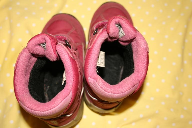 5. Ботинки Викинг, размер 25
