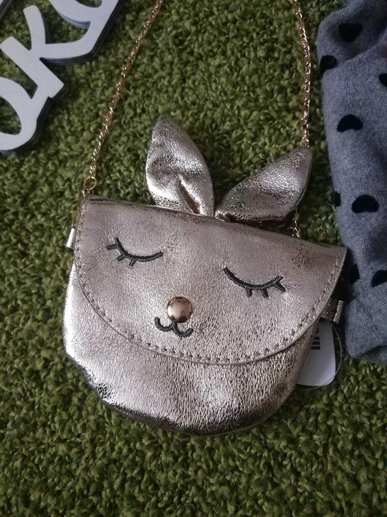 Нова сумочка для девочки