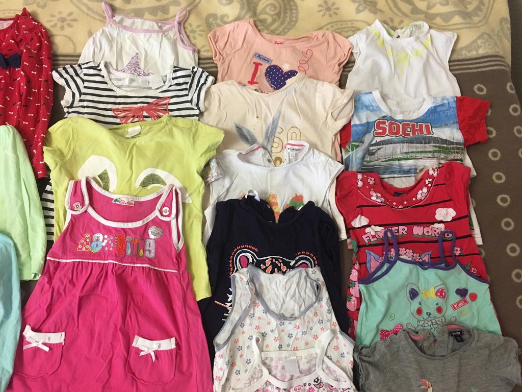 Пакетом одежда для девочки от 1-2 лет. ( без торга) 28 вещей( носки и колготки бонусом)