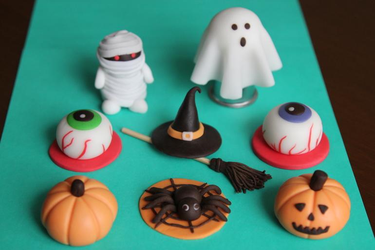 Днем рождения, поделки из пластилина картинки связанные с хэллоуином
