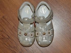 Туфли \ босоножки Primigi (Италия) по стел.15,5 см