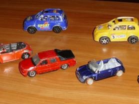 Машинки разные 6-7.5 см - 7 штук 1 лот