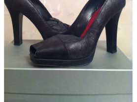 Туфли б/у Gianmarco Lorenzi Италия оригинал размер 39 кожа чёрные на платформе каблук толстый устойчивый обувь бренд туфли