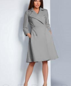 Расклешенное двубортное пальто