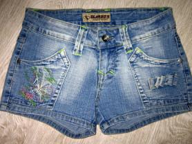 Джинсовые шорты и юбка  42-44