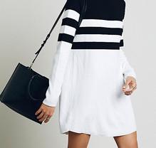 Новое контрастное трикотажное платье