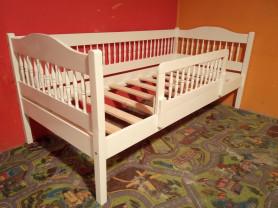 Новая деревянная кровать 160 на 70 см