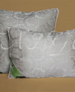 Подушка, шелк (70х70)