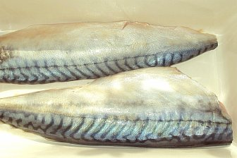 Скумбрия с головой 15кг (400-600 вес тушки)