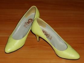 Туфли натуральная кожа Венгрия р.35-36 ст. 23.5 см