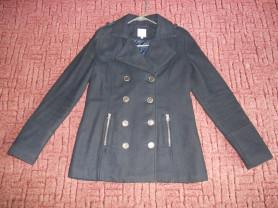 черное пальто на 46-48р. платок в подарок