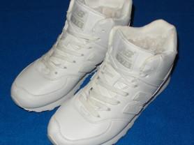 Новые зимние, женские кроссовки, 39,5-40 размер