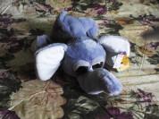 Новый мягкий слонёнок с большими глазами.