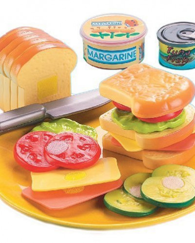 Small World Toys Living - Country Club Sandwich 21 Pc. Plays