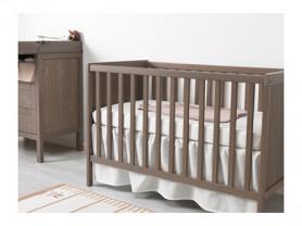 Кроватка и пеленальный стол Икеа Сундвик