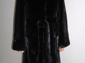 Шуба-пальто цельная норка блеклама из пластин нов