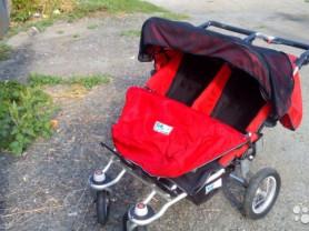 коляска для двойни