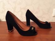 Новые роскошные туфли р.38